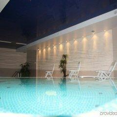 Отель Crowne Plaza Vilnius Вильнюс бассейн