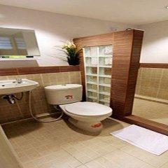 Отель Leesort At Onnuch Бангкок ванная