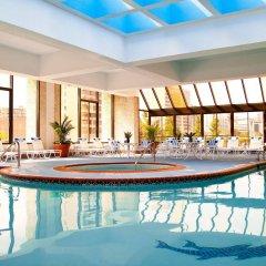 Отель Crystal City Marriott at Reagan National Airport бассейн