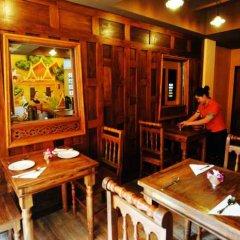 Отель Focal Local Bed And Breakfast Бангкок питание фото 3