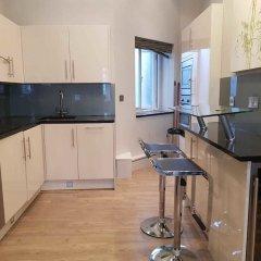 Апартаменты Hans Crescent Apartment Лондон в номере