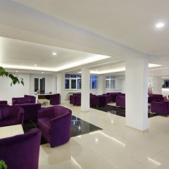 Отель Larissa Beach Club интерьер отеля