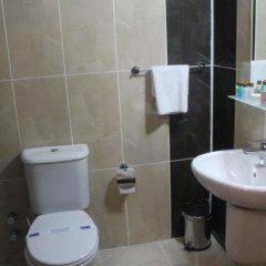 Resmina Hotel Турция, Ван - отзывы, цены и фото номеров - забронировать отель Resmina Hotel онлайн ванная