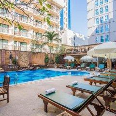 Отель Bella Villa Prima Hotel Таиланд, Паттайя - отзывы, цены и фото номеров - забронировать отель Bella Villa Prima Hotel онлайн бассейн фото 2