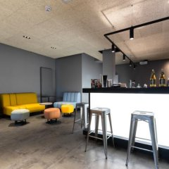 Отель a&o Frankfurt Ostend Германия, Франкфурт-на-Майне - отзывы, цены и фото номеров - забронировать отель a&o Frankfurt Ostend онлайн фитнесс-зал фото 2