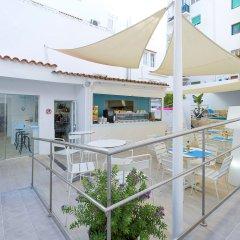 Отель Playasol Lei Ibiza - Adults Only Испания, Ивиса - 1 отзыв об отеле, цены и фото номеров - забронировать отель Playasol Lei Ibiza - Adults Only онлайн бассейн фото 2