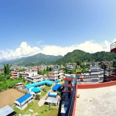 Отель Middle Path Непал, Покхара - отзывы, цены и фото номеров - забронировать отель Middle Path онлайн бассейн