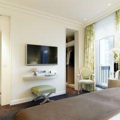 Отель Grand Hôtel Du Palais Royal удобства в номере