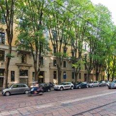 Отель Luxury 5 Bedrooms In The Heart of Milan парковка