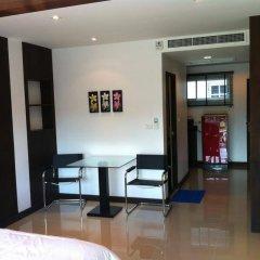 Отель Chalong Mansion удобства в номере