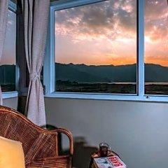 Отель Zostel Pokhara Непал, Покхара - отзывы, цены и фото номеров - забронировать отель Zostel Pokhara онлайн балкон