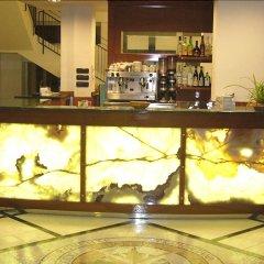 Hotel Villa Linda Риччоне гостиничный бар