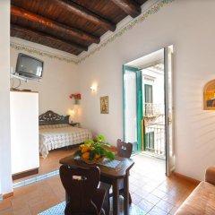 Отель Amalfi un po'... Италия, Амальфи - отзывы, цены и фото номеров - забронировать отель Amalfi un po'... онлайн комната для гостей фото 2