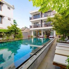Отель Ruby Villa Хойан бассейн