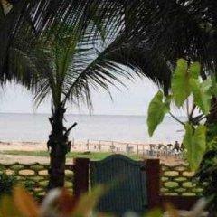 Отель Residence Saint-Jacques Bord de Mer Республика Конго, Пойнт-Нуар - отзывы, цены и фото номеров - забронировать отель Residence Saint-Jacques Bord de Mer онлайн пляж фото 2