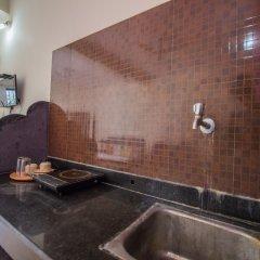 Апартаменты OYO 13211 Home Spacious Studio Morjim Beach Гоа в номере