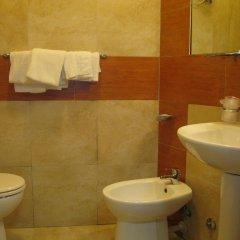 Отель Kassiopea Aparthotel Италия, Джардини Наксос - отзывы, цены и фото номеров - забронировать отель Kassiopea Aparthotel онлайн ванная