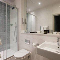 London Guards Hotel Лондон ванная фото 2