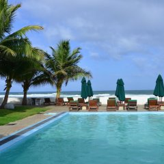 Hikkaduwa Beach Hotel бассейн фото 3