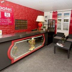 Отель Hipotel Paris Belleville Pyrenees Париж интерьер отеля фото 2