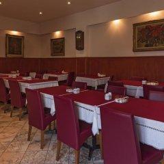 Отель Pão de Açúcar – Vintage Bumper Car Hotel Португалия, Порту - 1 отзыв об отеле, цены и фото номеров - забронировать отель Pão de Açúcar – Vintage Bumper Car Hotel онлайн помещение для мероприятий