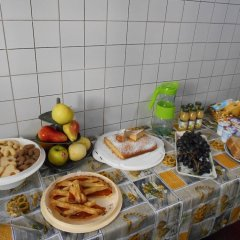 Отель Atena Bed and Breakfast Лечче питание