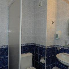 Отель Sun City Hotel Болгария, Солнечный берег - отзывы, цены и фото номеров - забронировать отель Sun City Hotel онлайн ванная
