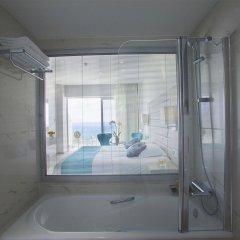 King Evelthon Beach Hotel & Resort ванная фото 2