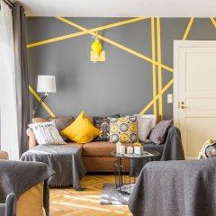 Апартаменты Little Italy Apartment 140m2 комната для гостей фото 2