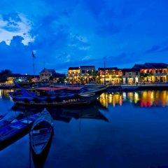 Отель Golden River Hotel Вьетнам, Хойан - 1 отзыв об отеле, цены и фото номеров - забронировать отель Golden River Hotel онлайн приотельная территория фото 2