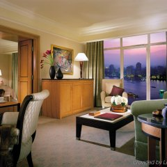 Four Seasons Hotel Cairo at Nile Plaza комната для гостей фото 4