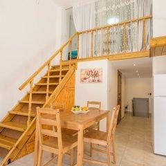 Отель Valentinas Amazing House в номере фото 2