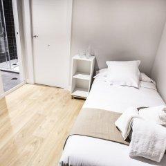 Отель Hola Rooms Испания, Мадрид - отзывы, цены и фото номеров - забронировать отель Hola Rooms онлайн комната для гостей фото 3
