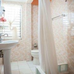 Отель Diamond Villas and Suites Ямайка, Монтего-Бей - отзывы, цены и фото номеров - забронировать отель Diamond Villas and Suites онлайн ванная фото 2