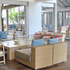 Отель Ramada by Wyndham Phuket Southsea интерьер отеля фото 3