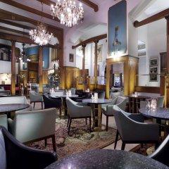 Hotel Paris Prague гостиничный бар