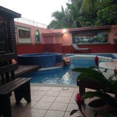 Отель Boutique Posada Las Iguanas Гондурас, Тела - отзывы, цены и фото номеров - забронировать отель Boutique Posada Las Iguanas онлайн бассейн фото 2