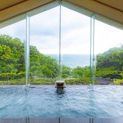 Отель Kyukamura Nanki-katsuura Начикатсуура бассейн фото 3