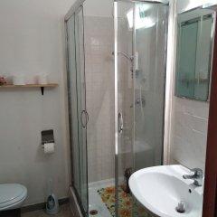 Отель B&B Laura Италия, Рим - 1 отзыв об отеле, цены и фото номеров - забронировать отель B&B Laura онлайн ванная
