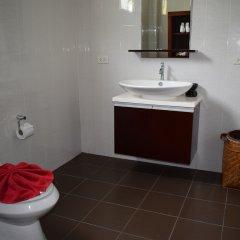Отель Naamtao Villa Resort Самуи ванная