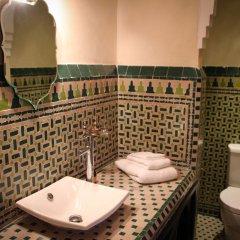 Отель Dar Souran Марокко, Танжер - отзывы, цены и фото номеров - забронировать отель Dar Souran онлайн ванная