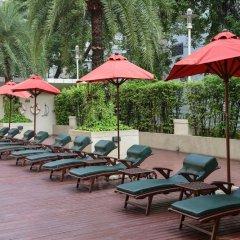 Отель Centre Point Sukhumvit Thong-Lo бассейн