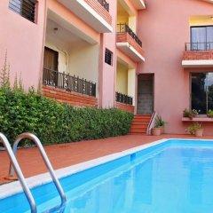 Отель Aparta Hotel Turey Доминикана, Санто Доминго - отзывы, цены и фото номеров - забронировать отель Aparta Hotel Turey онлайн бассейн фото 2