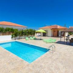 Отель Villa Marizan Кипр, Протарас - отзывы, цены и фото номеров - забронировать отель Villa Marizan онлайн бассейн