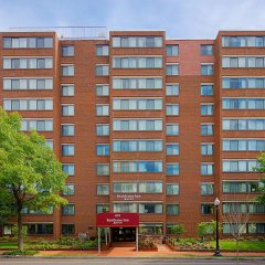 Отель Residence Inn Washington, DC/Foggy Bottom США, Вашингтон - отзывы, цены и фото номеров - забронировать отель Residence Inn Washington, DC/Foggy Bottom онлайн вид на фасад