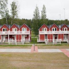 Отель SResort Marina Villas Финляндия, Лаппеэнранта - 1 отзыв об отеле, цены и фото номеров - забронировать отель SResort Marina Villas онлайн спортивное сооружение