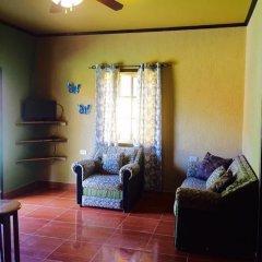 Отель Anchor Inn Гондурас, Остров Утила - отзывы, цены и фото номеров - забронировать отель Anchor Inn онлайн интерьер отеля