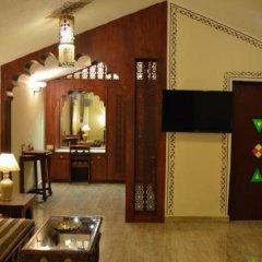 Отель Chokhi Dhani Resort Jaipur удобства в номере
