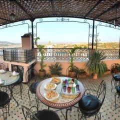 Отель Riad dar Chrifa Марокко, Фес - отзывы, цены и фото номеров - забронировать отель Riad dar Chrifa онлайн питание фото 3