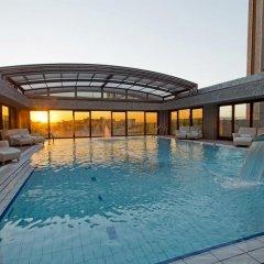 Отель Hilton Madrid Airport бассейн фото 3